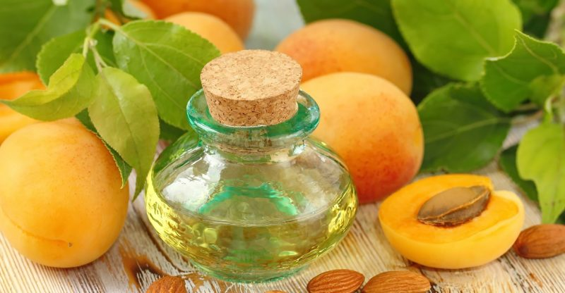 apricot-oil-and-almond-oil